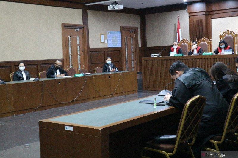 Hakim wajibkan Benny Tjokro bayar uang pengganti Rp6,078 triliun