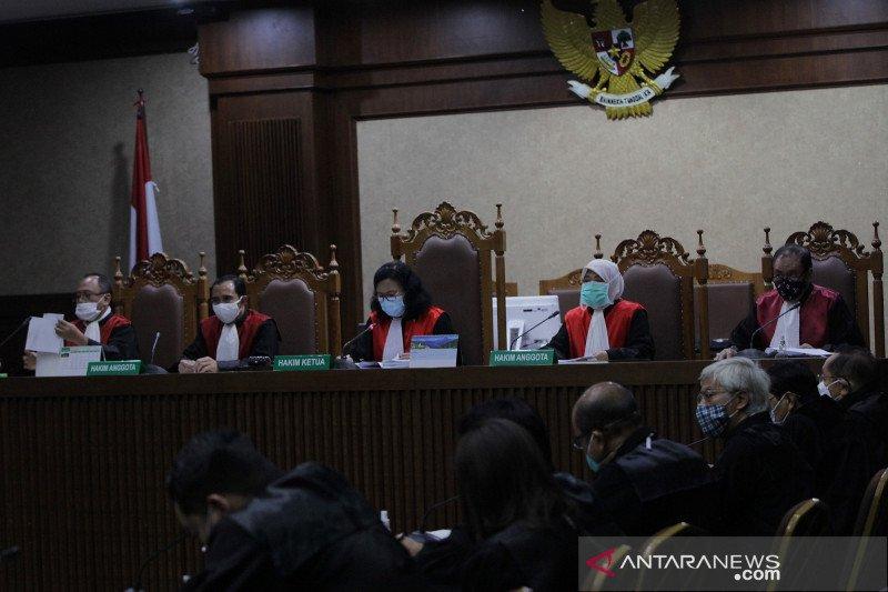 Hakim: Benny Tjokro lakukan kolaborasi jahat korupsi Jiwasraya
