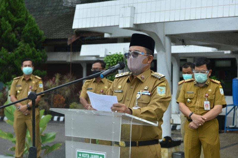 Pemerintah Kota Jambi melonggarkan pembatasan aktivitas warga