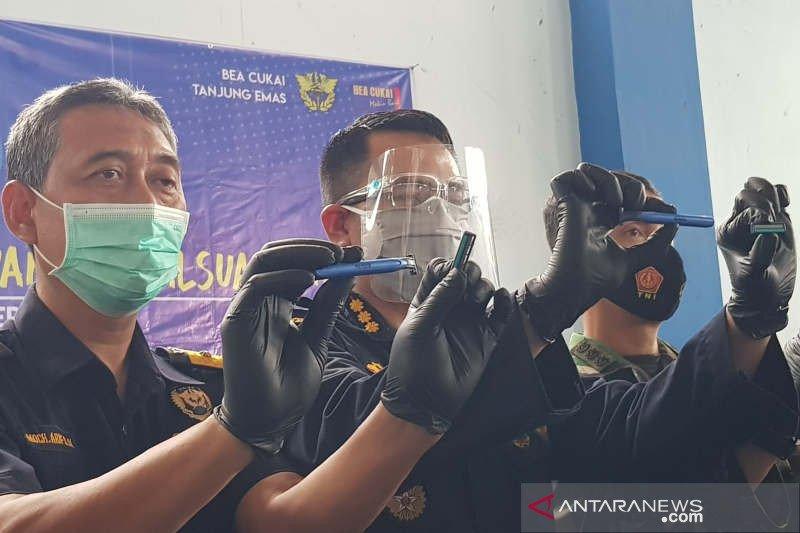 Bea Cukai Tanjung Emas cegah pengiriman ratusan ribu alat cukur ilegal