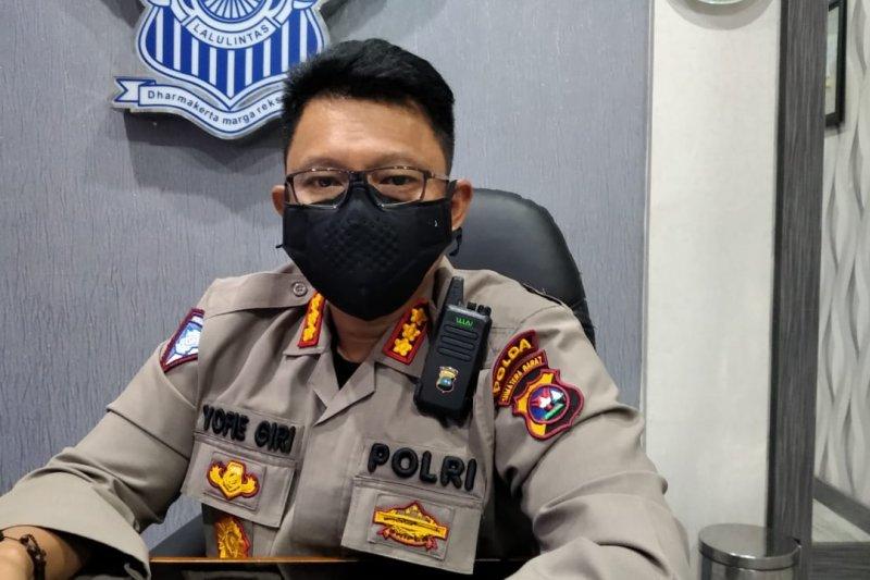 Ditlantas Polda Sumbar tilang pengendara tak gunakan masker