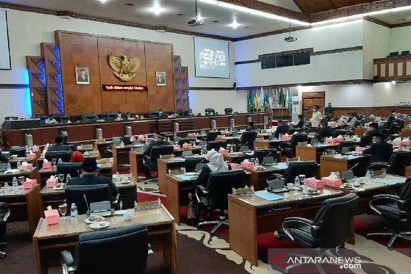 Tak penuhi kuorum, hak angket DPRA terhadap Plt Gubernur Aceh ditunda
