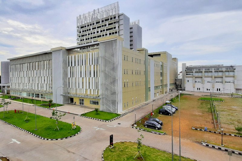 Kapasitas ruang perawatan khusus COVID-19 di RSUI ditambah