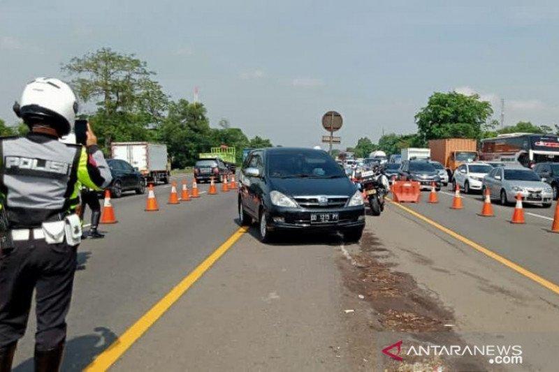 Jasa Marga berlakukan rekayasa lawan arah Tol Jakarta-Cikampek