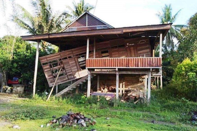Gempa 5,4 magnitudo rusak 10 rumah warga di Mamuju Tengah