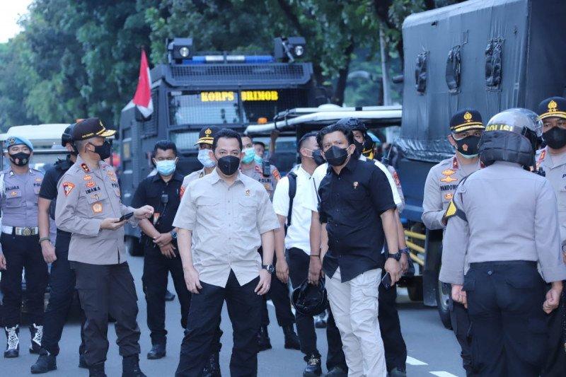 Kabareskrim pantau langsung aksi unjuk rasa di kawasan Arjuna Wiwaha