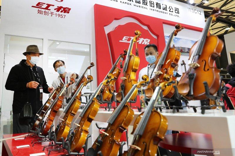 Pameran alat musik internasional di Shanghai