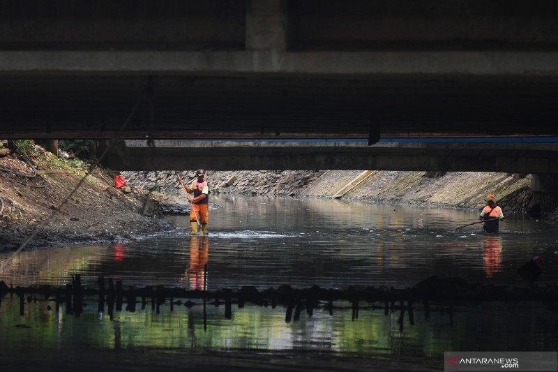 Upaya normalisasi sungai mengantisipasi banjir ibu kota