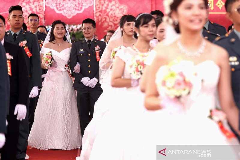 Pernikahan massal militer di Taiwan