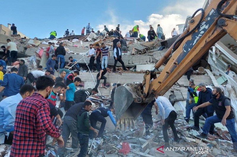Korban tewas gempa Turki dan kepulauan Yunani jadi 19 orang