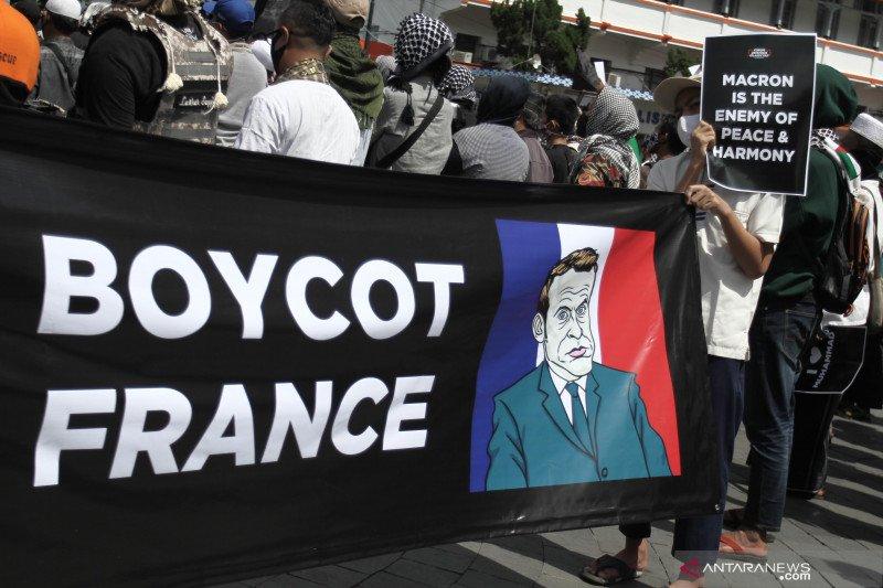 Kemarin, tsunami gempa Turki hingga boikot produk Prancis
