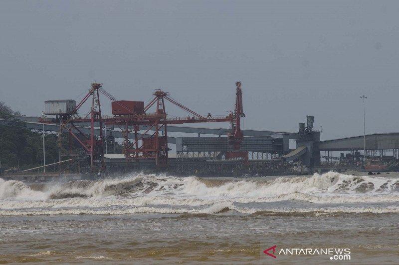 Potensi gelombang tinggi di selatan Banten