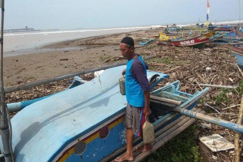 Tak bisa melaut, nelayan di Lebak-Banten kembali terlilit utang