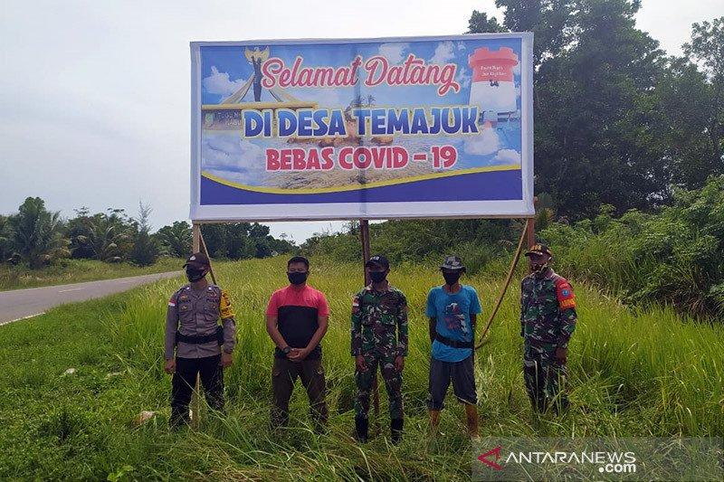 TNI-Polri sinergi lakukan pencegahan COVID-19 di perbatasan Sambas
