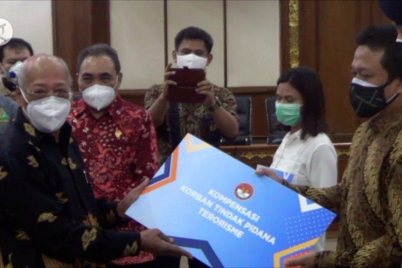 LPSK salurkan Rp2,1 miliar bagi korban terorisme Poso & Surabaya