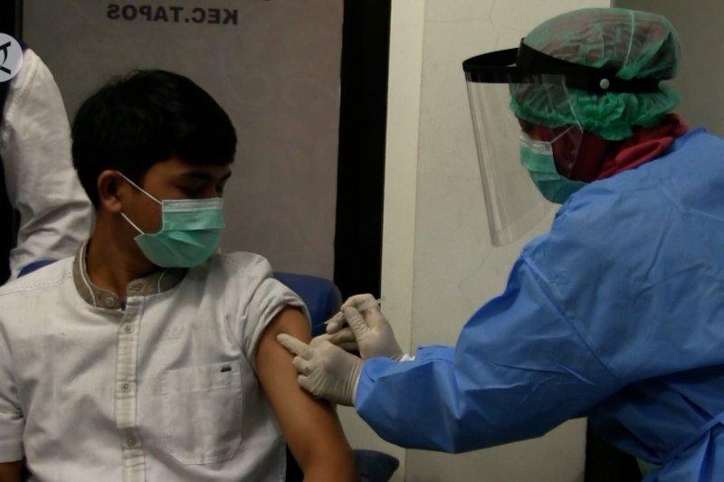 Pemprov Jabar kaji Perda denda menolak vaksinasi