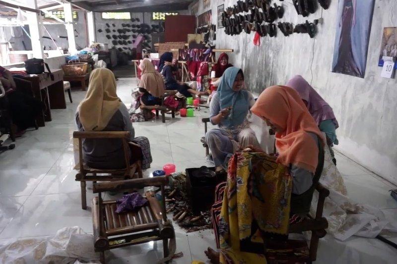 Pertamina dorong UMKM batik Pekalongan bertahan di masa pandemi