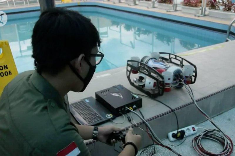 Robot bawah air, karya mahasiswa Riau