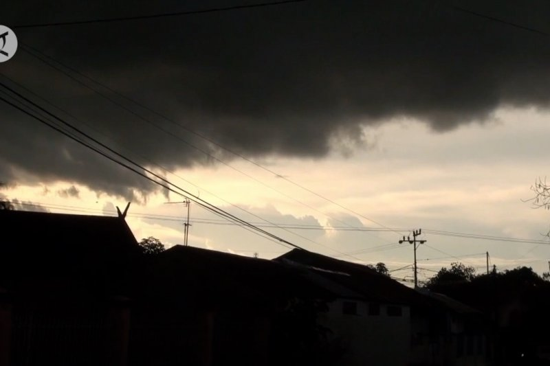 BMKG:  Waspadai cuaca ekstrem sepekan mendatang