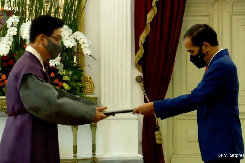 Presiden terima surat kepercayaan dari tujuh Duta Besar LBBP