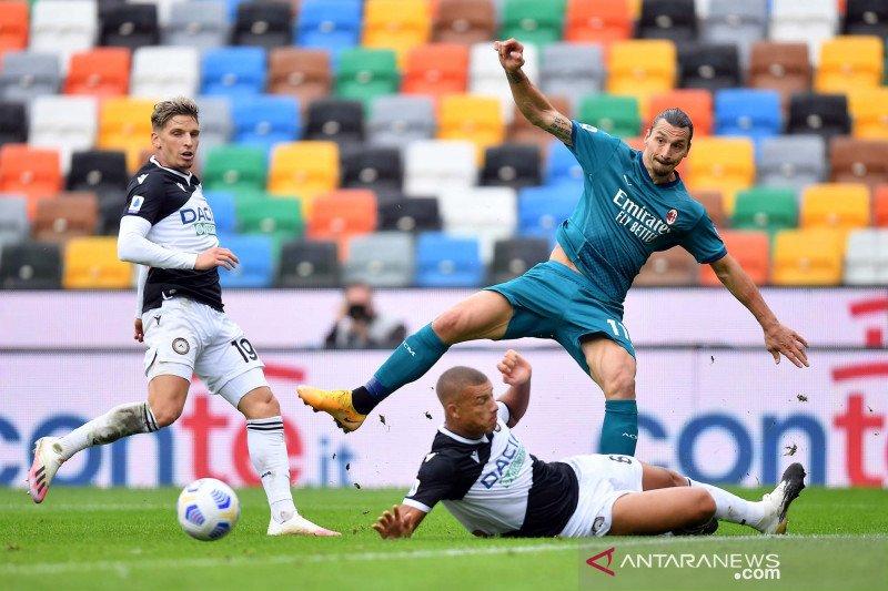 Ibrahimovic sumringah gol akrobatiknya jadi penentu kemenangan Milan