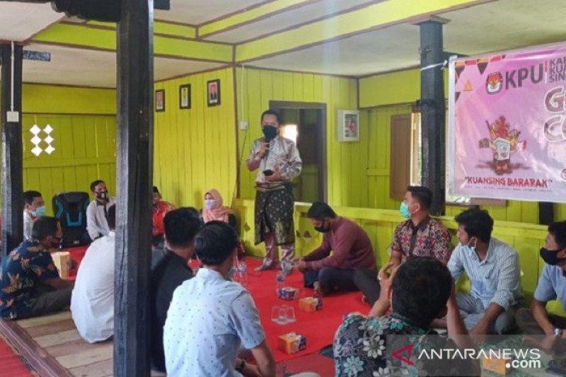 KPU Riau sosialisasikan cara pemungutan suara kepada komunitas adat