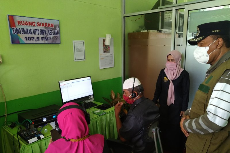 SMP Negeri 1 Luhak luncurkan radio edukasi untuk dukung pelajaran jarak jauh
