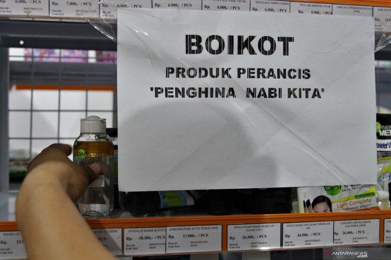 Kemarin, Indonesia resmi resesi hingga dampak boikot produk Prancis