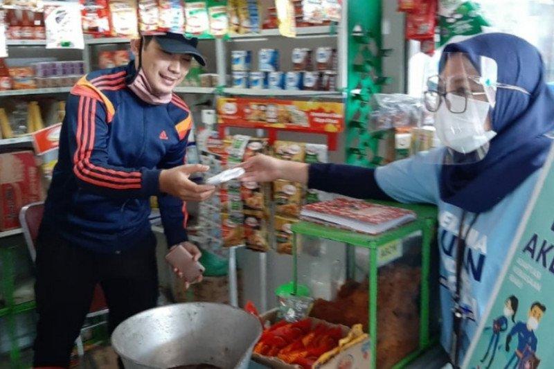 PT DI bagikan seribu masker di tiga lokasi Kota Cimahi