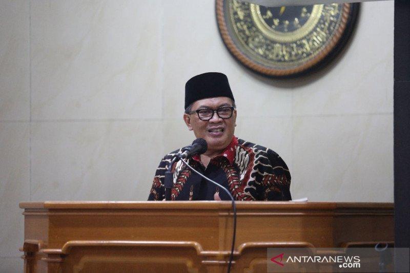 Wali Kota Bandung mulai bahas penetapan UMK 2021