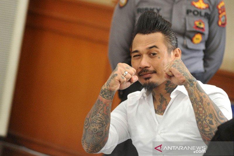Jerinx SID dituntut tiga tahun penjara