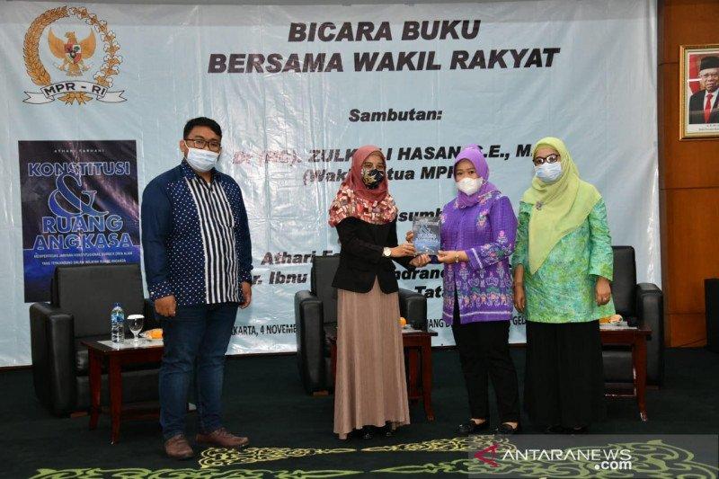Pimpinan MPR: Ruang angkasa Indonesia perlu diatur dalam konstitusi