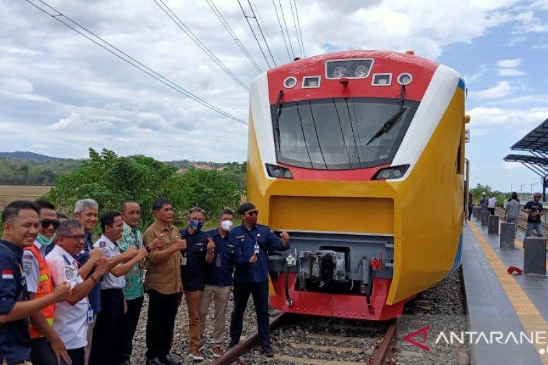 Gubernur Sulsel optimis proyek kereta api rampung 2021