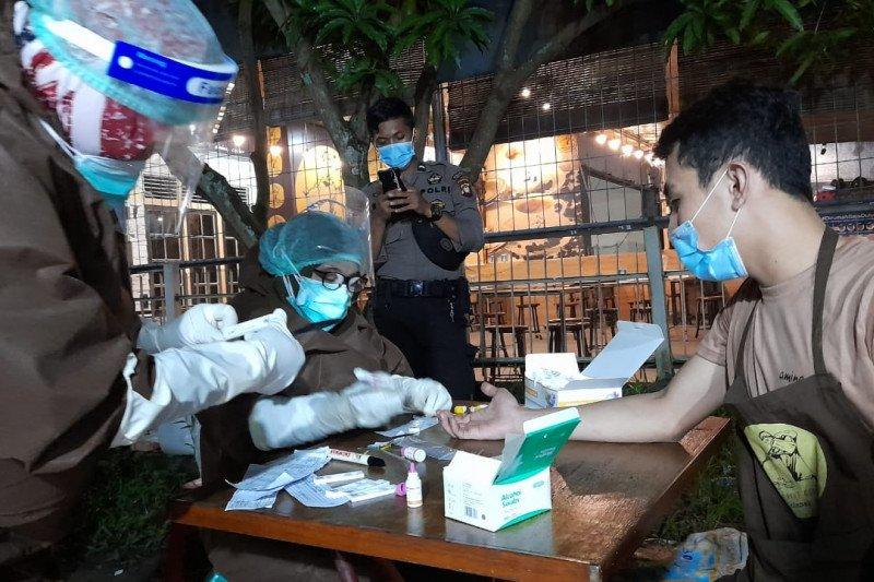 Dinkes: 17 pengunjung warkop di Pontianak reaktif tes cepat