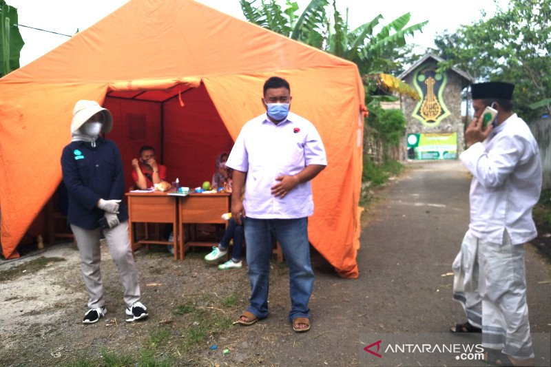 Gugus Tugas Garut evakuasi santri positif COVID-19 ke rumah sakit