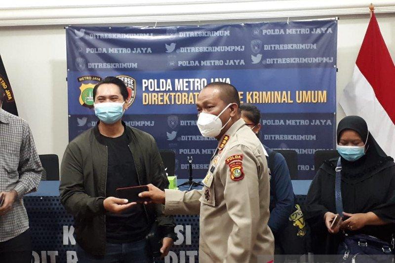 Polda Metro Jaya pulangkan ponsel milik korban begal sepeda