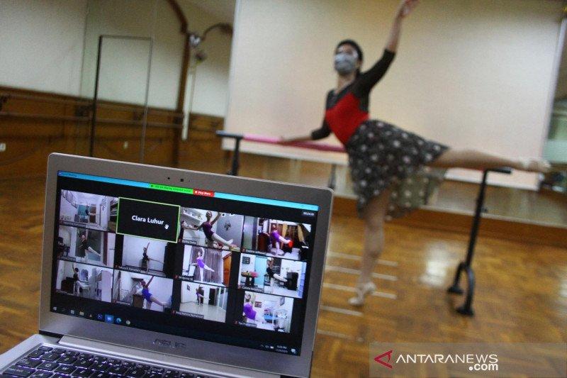 Adaptasi kebiasaan baru di sekolah balet