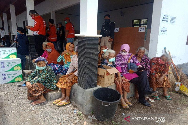 Pengungsi erupsi Merapi di Sleman bertambah jadi 203 orang