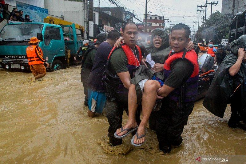 Banjir akibat Topan Vamco di Manila