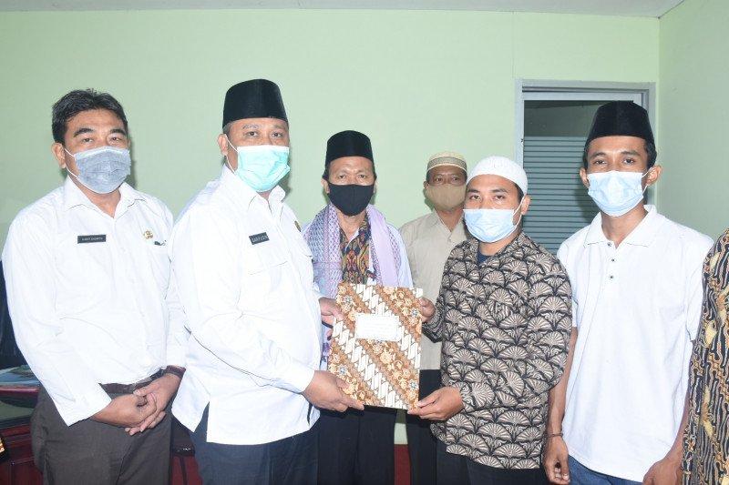 Plt Bupati Lombok Utara Lepas keberangkatan dua peserta MTQ Tingkat Nasional
