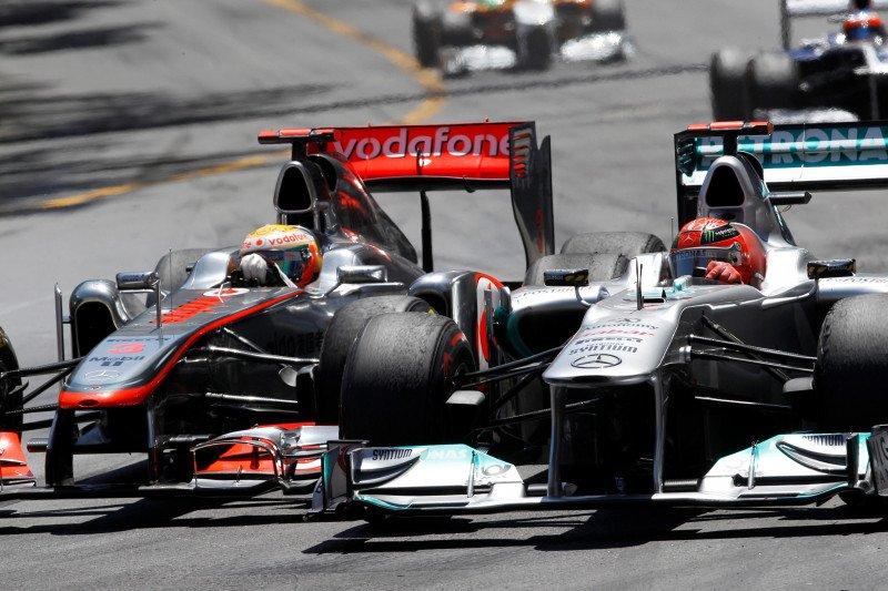 Hamilton samai rekor tujuh titel Schumacher, berikut perbandingannya
