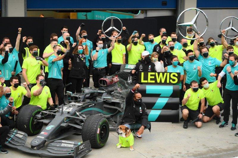 Rebut titel ketujuh F1, Hamilton katakan perjuangan baru saja dimulai