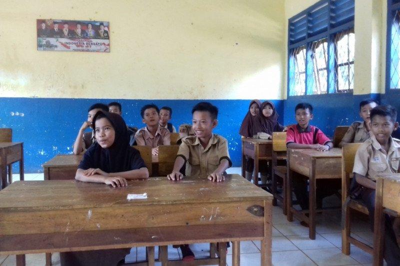 PGRI Lampung respon positif pemberian subsidi gaji guru honorer