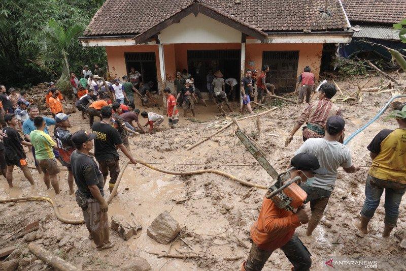 Bencana tanah longsor di Banyumas