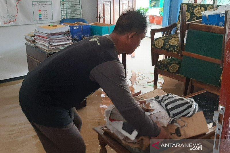 Ratusan rumah di Desa Prembun Banyumas terendam banjir