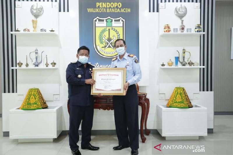 Banda Aceh terima penghargaan dari Menkumham RI atas capaian aksi HAM