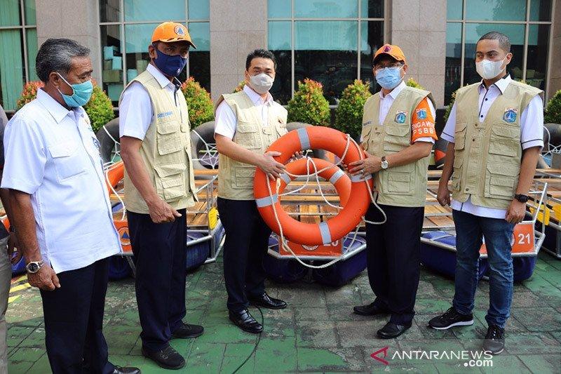 Pemkot Jakarta Selatan terima bantuan sapras penanggulangan banjir