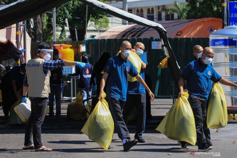 Sembuh dari COVID-19 Indonesia Senin tambah 4.198, positif 4.442 orang