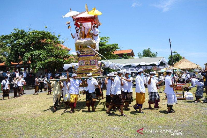 Badung lakukan upacara Ngaben Tikus untuk bersihkan hama pertanian