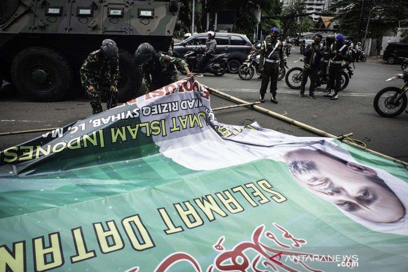 Satpol PP DKI dalami sanksi keramaian Tebet-Pondok Ranggon